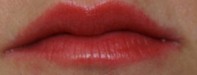 lipstickqueenglossypencilthriller.JPG
